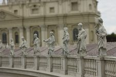 Free St. Peter S Square Royalty Free Stock Image - 5606086