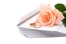 Free Rose, Envelopes And Rings Royalty Free Stock Photos - 5607378