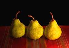 Free Pears Royalty Free Stock Photo - 5607705