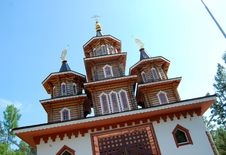 Free Russian Wooden Church Royalty Free Stock Photo - 5611005
