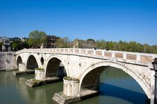 Free Bridge Royalty Free Stock Images - 5611019