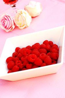 Free Raspberries Royalty Free Stock Photography - 5615737