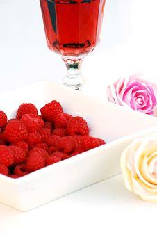 Free Raspberries Royalty Free Stock Images - 5615869