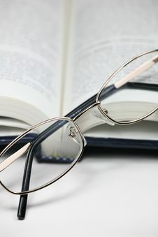 Free Book And Glasses Stock Photo - 5617610