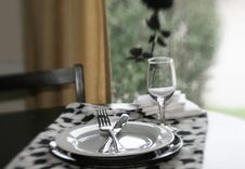 Free Restaurant Setting Royalty Free Stock Photo - 5623215