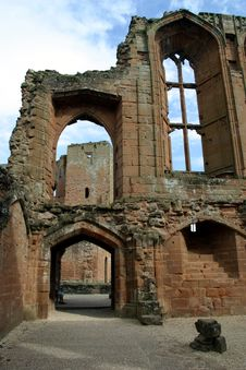 Free Kenilworth Castle Ruins Royalty Free Stock Image - 5631976