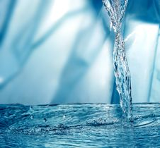 Free Frozen Water Royalty Free Stock Image - 5634076