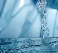 Free Frozen Water Stock Photography - 5634092