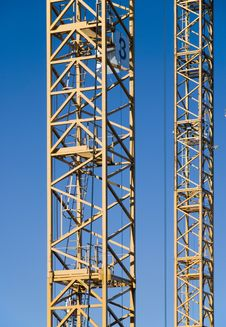 Free Cranes Royalty Free Stock Image - 5634216