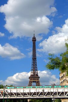 Free Eiffel Tower And Train Stock Photos - 5637943