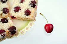 Free Shortcake With A Cherry Royalty Free Stock Image - 5637996