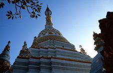 Free Pagoda Of A Buddhistic Temple Royalty Free Stock Photo - 5640195