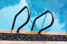 Free Pool Railing Stock Photo - 5642190