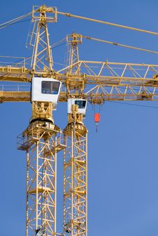 Free Two Cranes Stock Images - 5643394