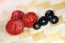 Free Raspberries And Berries Stock Photography - 5643592