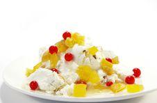 Free Vanilla Ice-cream Royalty Free Stock Photography - 5644627