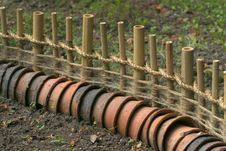 Free Garden Fence Royalty Free Stock Images - 5644869