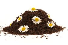 Free Heap Of Black Tea And Chamomile Royalty Free Stock Photo - 5644905
