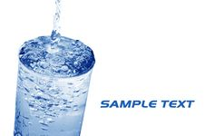 Free Water Poured Into Glass Royalty Free Stock Images - 5645969