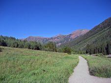 Free Mountain Path Stock Photo - 5646600