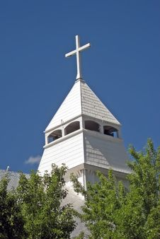 Free White Church Steeple Against Blue Sky Royalty Free Stock Photos - 5646718