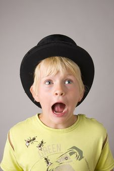 Free Portrait Of A Young Boy Shouting Stock Photography - 5648182