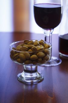 Free Red Wine And Pistachios Royalty Free Stock Image - 5649996