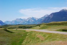 Free Mountains And Highway Stock Photography - 5650372