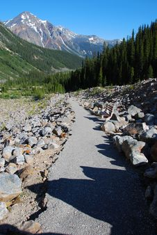 Free Hiking Trail On Mount Edith Cavell Stock Photography - 5650762