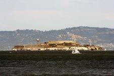 Free Alcatraz Island In San Francisco Bay Royalty Free Stock Photo - 5651105