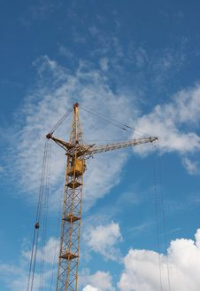 Free Lifting Construction Crane At Blue Sky 1 Stock Photos - 5651533