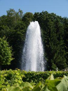 Free Fountain 2 Stock Photo - 5652320