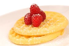 Free Golden Waffles With Fresh Raspberries Royalty Free Stock Images - 5653429