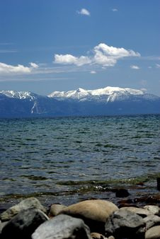 Free Lake Tahoe And Snow Covered Mountains Royalty Free Stock Photography - 5654347