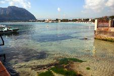Free Summer Holiday Beach & Sea Stock Photography - 5654702