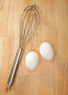 Free Whisk And Eggs Stock Image - 5656871