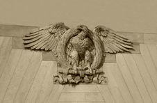 Free Brown Stone Eagle Stock Photo - 5659130