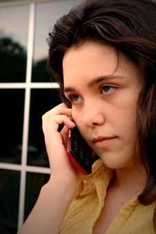 Free Girl Mad Talking On Cell Phone Royalty Free Stock Photos - 5661758