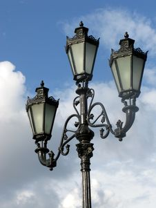 Free Three Black Street Lamp Royalty Free Stock Images - 5664559