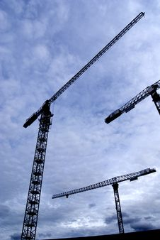 Free 3 Construction Cranes Silhouette Midday Royalty Free Stock Photography - 5666147