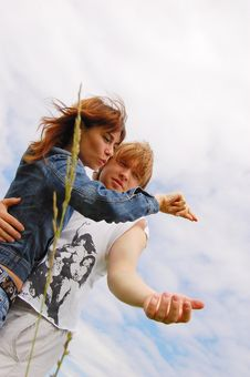 Free Girl And  Boy Stock Photography - 5667822