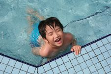 Free Boy In The Pool Royalty Free Stock Images - 5669259