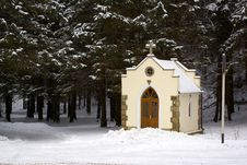 Free Forested Chapel Royalty Free Stock Photo - 5669425