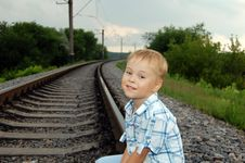Free The Boy On The Railway Royalty Free Stock Images - 5671789