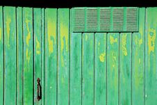 Free Old Green Door Royalty Free Stock Images - 5674319