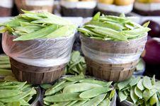 Free Fresh Snap Peas At A Market Royalty Free Stock Photography - 5677927