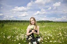 Free Woman On The Meadow Royalty Free Stock Images - 5678489