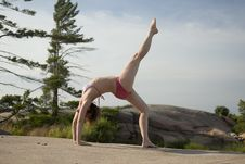 Free Yoga On The Rocks Royalty Free Stock Photography - 5678857