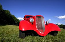 Free Red Vintage Car Stock Photos - 5679453
