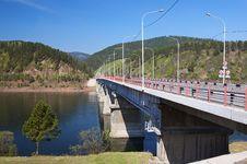 Free Bridge On The River Stock Photo - 5682270